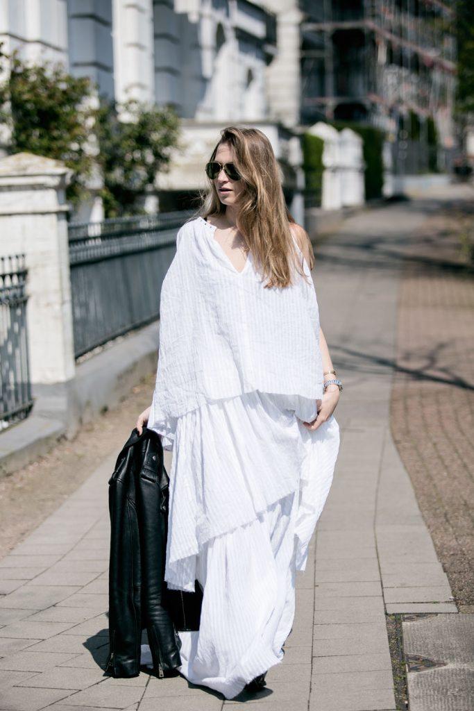 Sancarolin-Streetstyle-Replay-Weißes-Kleid-Volantkleid-Dobby-10