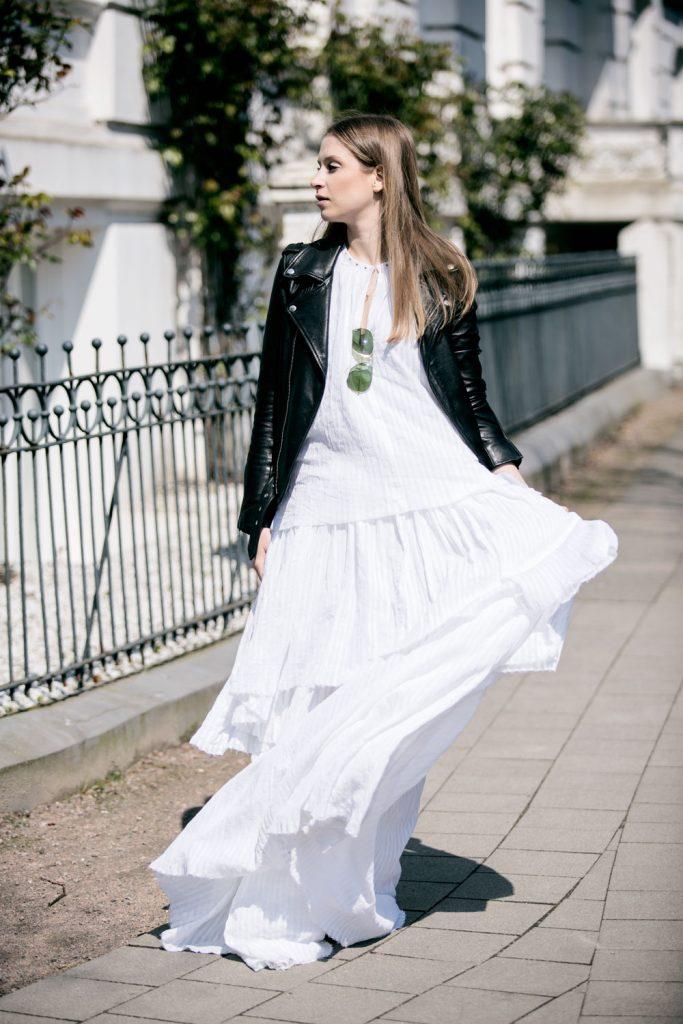 Sancarolin-Streetstyle-Replay-Weißes-Kleid-Volantkleid-Dobby-2