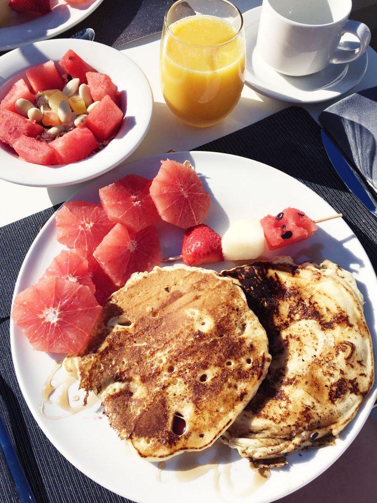mallorca-hotel-rd-mar-de-portals-breakfast