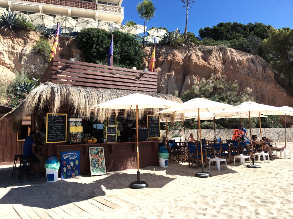 mallorca-playa-oratorio-beach-bar